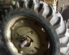 Cubierta Pirelli 15.5-38 Como Nueva