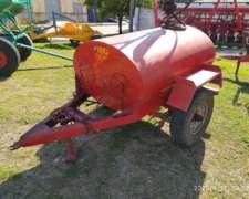 Cisterna de 1500 Lts con Bomba Manual