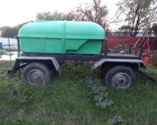Acoplado Playo con Tanque de 3000 Lts para Agua