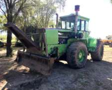 Tractor Steiger Bearcat con Pala