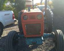 Tractor New Holland Modelo Fiat 400 E 2wd