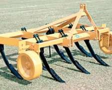 Arado Subsolador Tatu Marchesan Para 3 Puntos Modelo: Ast