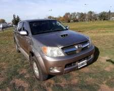 Toyota Hilux SRV 3.0 4X4 AT