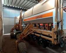 Sembradora Cele Plus 7000 14 a 52 con Fertilización en Linea
