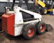 Bobcat 653, año 2000.