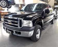 Ford F100 Duty 4X4 año 2011