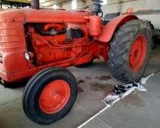 Tractor Fiat 60 -