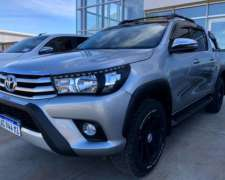 Toyota Hilux SRV 4X2 Automática