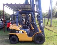 Autoelevador Caterpillar 2.5 Tn Diesel