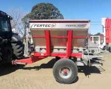 Fertilizadora Fertec 3000 Tolva de Caero Inox