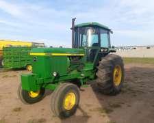 Tractor John Deere 4930