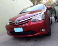 Toyota Etios XLS .