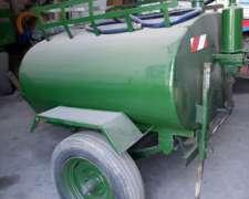 Acoplado Tanque Tanque de 1.100 Litros