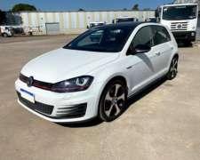 Volkswagen Golf 2.0 GTI TSI APP Connect + Cuero