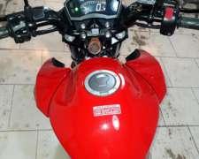 Honda New Twister 250 CC Excelente.