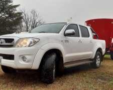 Camioneta Toyota Hilux SRV 3.0 D-4d Cabina Doble
