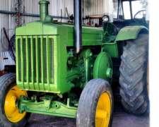 Tractor John Deere Modelo D.