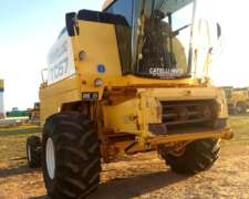 Cosechadora New Holland TC 57 año 2003