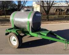 Acoplado Cisterna con Tanque Plastico para 1.000 Lts.