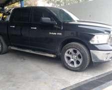 Dodge RAM 1500 Laramie 2013 115000km