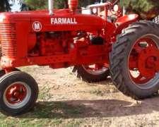Tractor Farmall M año 1952