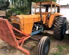Tractor Fiat 700 con Ponchos