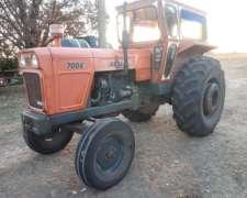 Tractor Fiat 700 e Unico