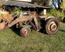 Tractor John Deere 1420 con Pala Imeca y Tres Puntos