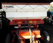 Fertilizadora Usada Marca Yomel Modelo 3022