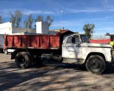 Camion Dodge con Volcadora . Perkins