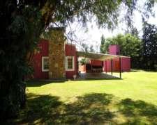 Quinta de UNA Ha con Casa y Pileta.