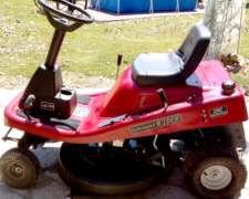 Mini Tractor Corta Césped.