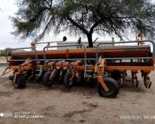 Sembradora Agrometal TX Mega 16/52