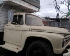 Camión Ford 600 año 61