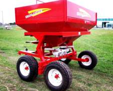 Fertilizadora de Arrastre Grass Cúter de 3500 Lts