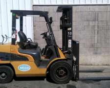 Autoelevador CAT Nafta-gas 3.5 TN (NO Incluye Iva)