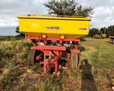 Fertilizadora de Arrastre Metfer 3000 Lts Usada