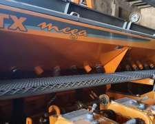 Sembradora Agrometal TX Mega