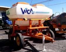 Fertilizadora Vica AF3000 - 3400lts. Tolva Plastica C/ Tapas