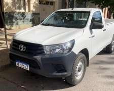 Toyota Hilux 2.4 CS DX 150cv 4X4 Cabina Simple