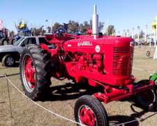 Farmall IH Super MD Unico de Coleccion