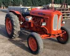 Tractor Fiat Modelo 411 con 3 Puntos