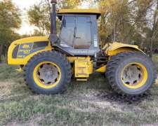 Tractor Pauny 540, año 2005, Centro Abierto, Rodado Duall