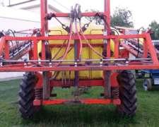 Pulverizador Barbuy 2200 Lts . Usado