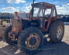 Tractor Fiat 880 DT. Levante de Tres Puntos.