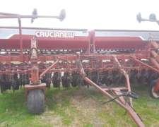 Sembradora Crucianelli 4017 con Kit 10 a 70 y Alfalfero