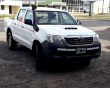 Toyota Hilux 2.5 4X4 DX Pack 2012