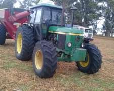 Tractor John Deere 3550 Doble Tracción con TDF Indepte