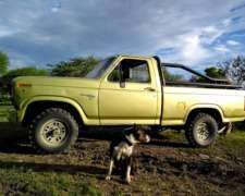 Ford Custon 150 44 año 81 con Perking 4 Potenciado