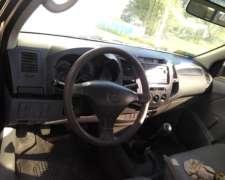 Toyota Hilux Cabina Simple 2.5